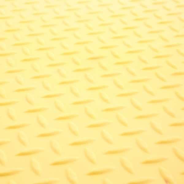 Red & Yellow Checker_005
