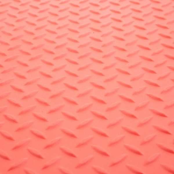 Red & Yellow Checker_017