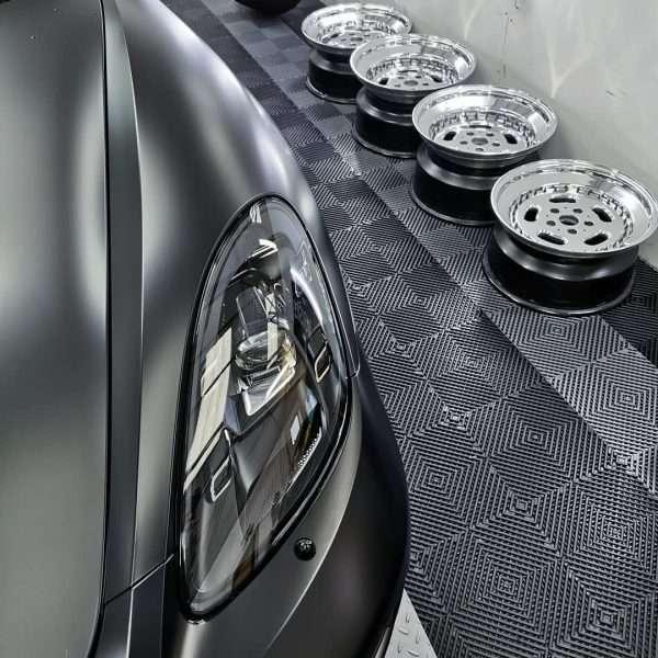 vented flooring black
